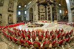 2005年、ローマ教会によるコンクラーヴェ