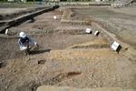 平安京で初めて出土した羅城の土壇跡。九条大路の側溝や路面も初めて見つかった