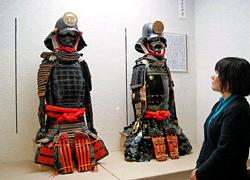 西岡の武士文化の名残を示す品として貴重な江戸期制作の甲冑