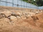 指月山伏見城の遺構から発掘された石垣