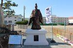 除幕式でお披露目された田沼意次の銅像